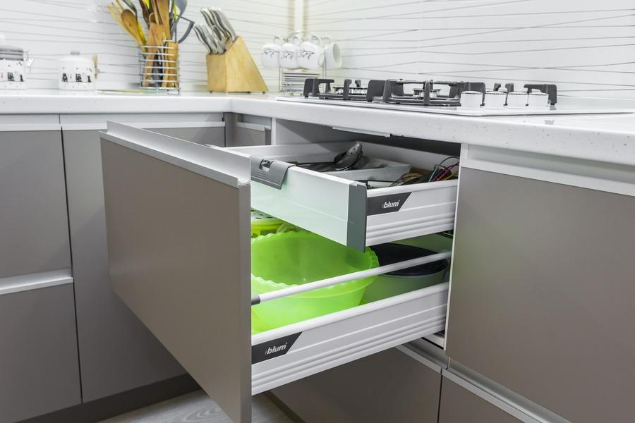 Белый кухонный гарнитур-Кухня МДФ в ПВХ «Модель 9»-фото13