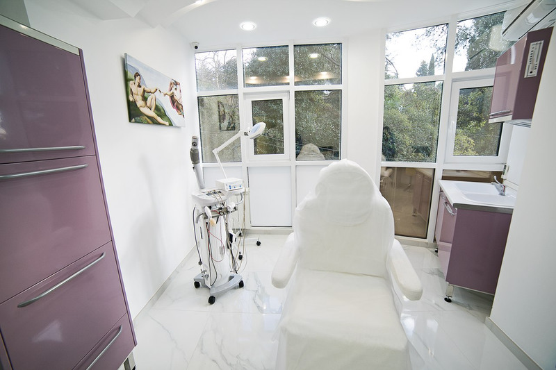 Торговая мебель-Мебель для салона «Модель 155»-фото1