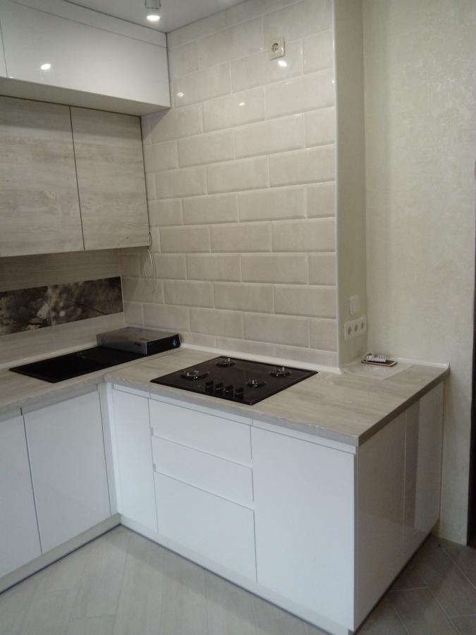 Белый кухонный гарнитур-Кухня МДФ в эмали «Модель 429»-фото4