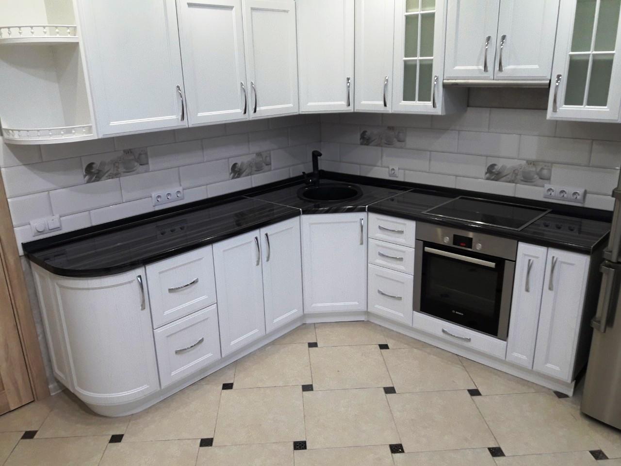 Белый кухонный гарнитур-Кухня МДФ в ПВХ «Модель 540»-фото3