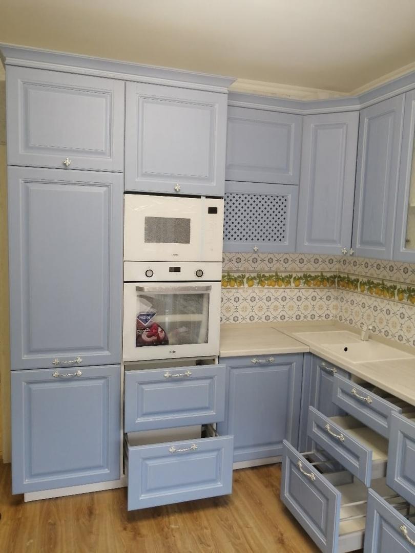 Классические кухни-Кухня МДФ в эмали «Модель 582»-фото3