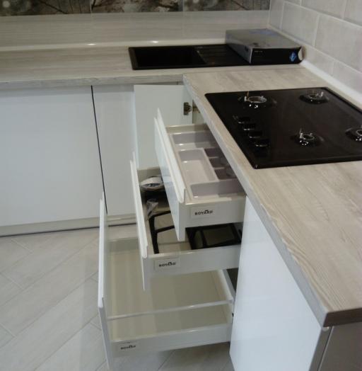 Белый кухонный гарнитур-Кухня МДФ в эмали «Модель 429»-фото9